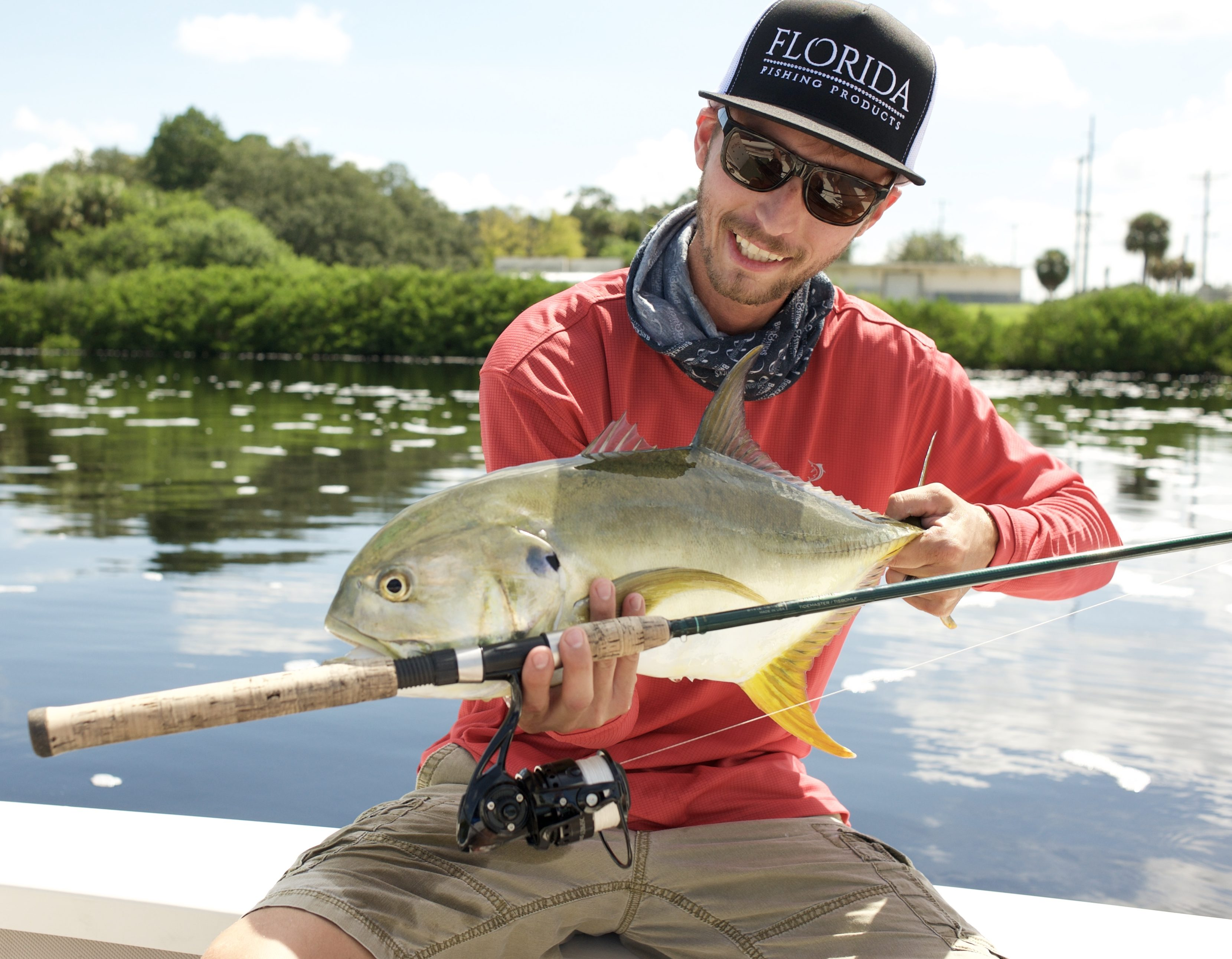 Lightweight & effective fishing reels