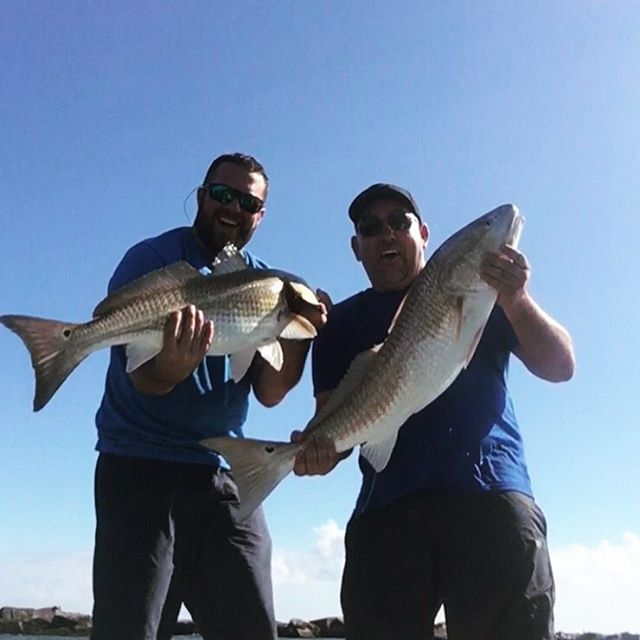 Doubled up on 34 and 38 inch Bull Reds, then the back reel starts smoking drag o...