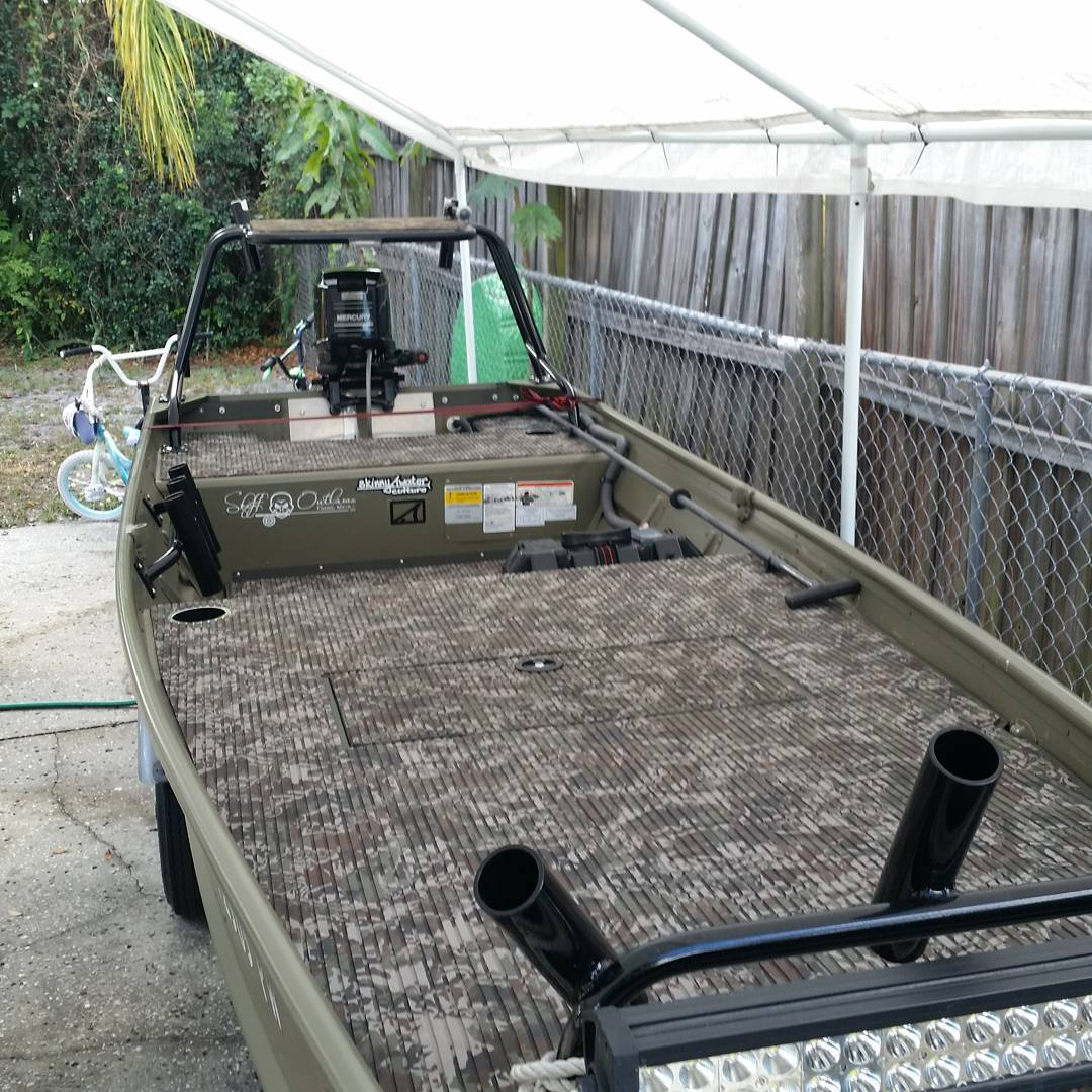 Tracker 1436. Complete mod list. 7ft deck with lockable hatch and floor  with foa