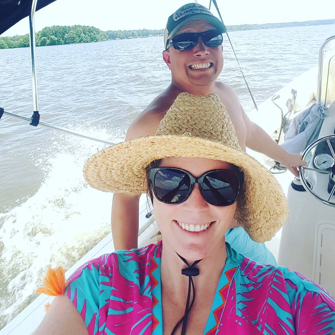 Carolina Skiff - cruising with the captain   ...