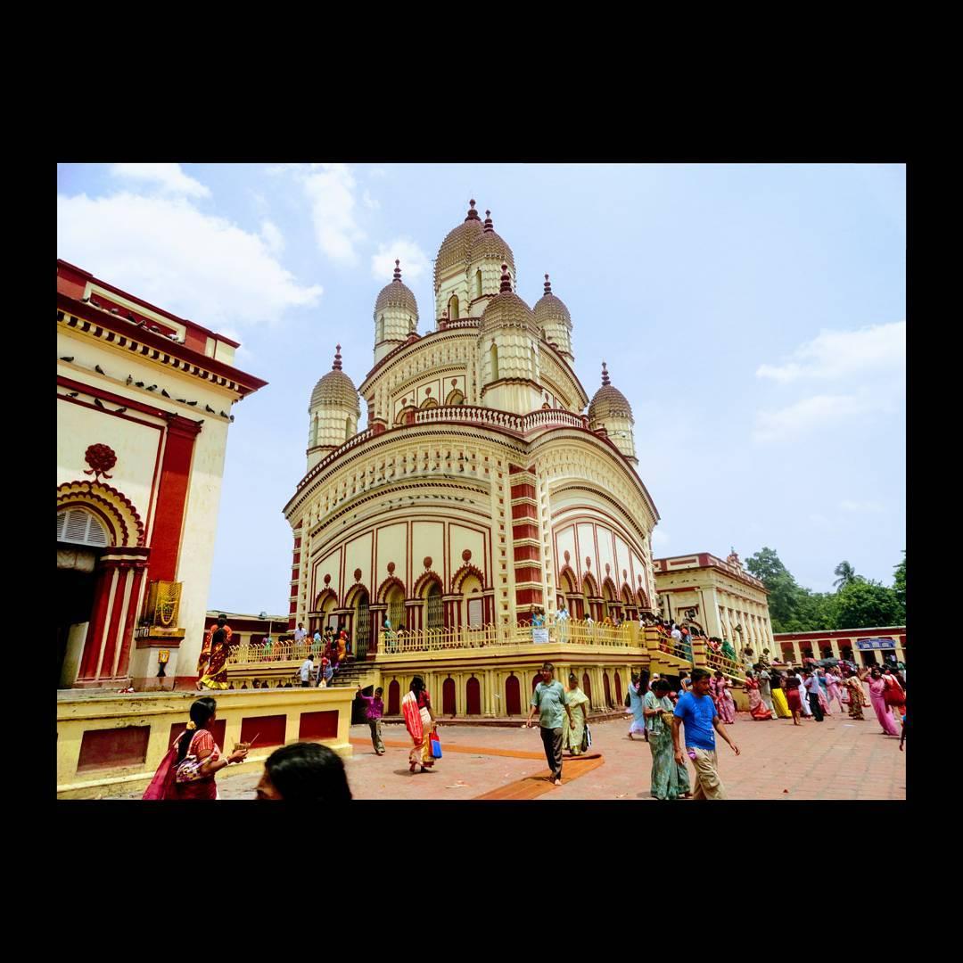 Carolina Skiff - Dakshineswar Kali Templeis aHindutemple located inDakshineswarnearKolkata....
