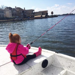 you know what's cool is when your 3 year old cast her own pole without even aski…