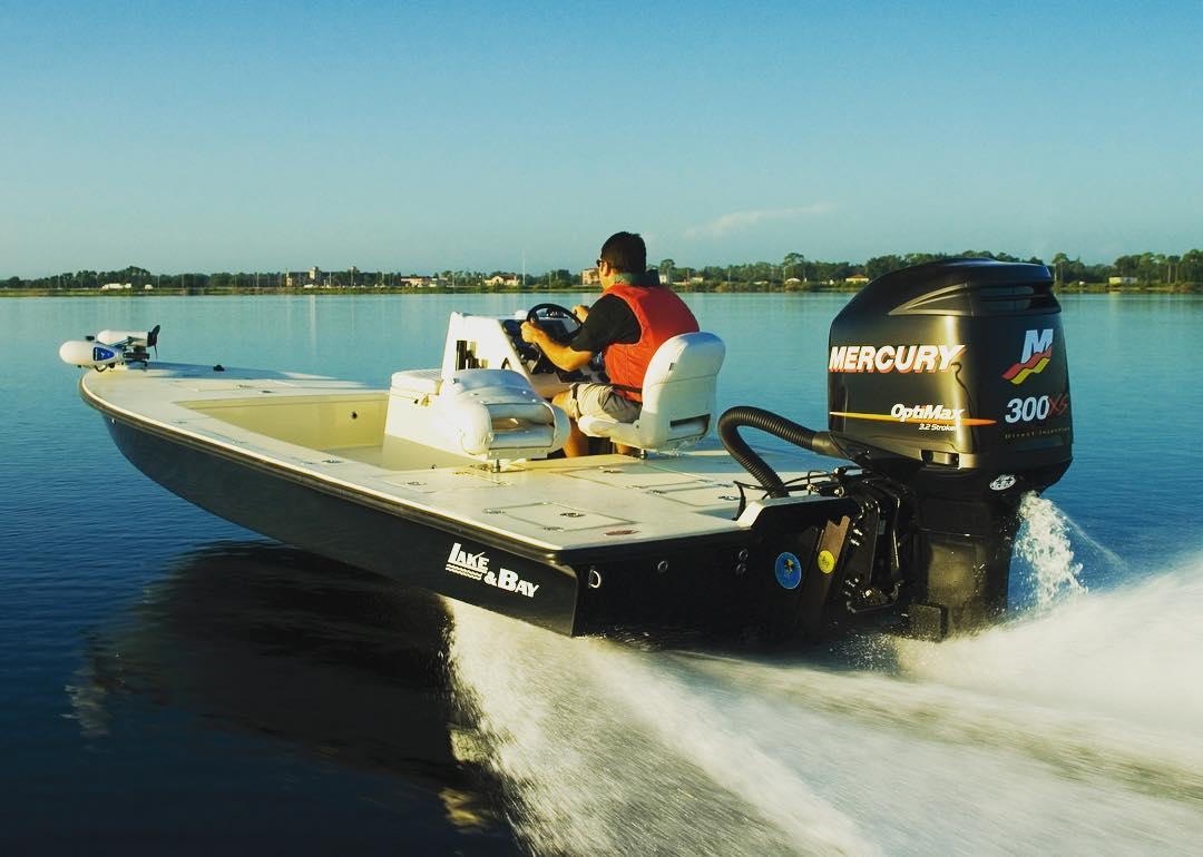 Lake and Bay Boats with 300HP