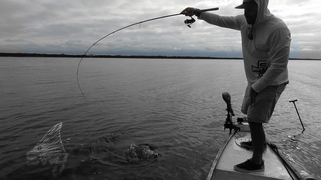  FRIDAYYYY, who's fishing tomorrow ??? 