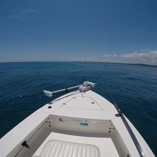 Good to be out on the H2O. In the Hewes headin straight for Moreton island.