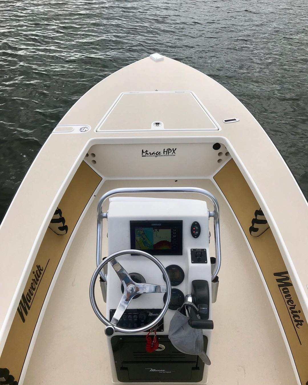 Smooth sea trial on this maverick HPX. A smooth 47 mph with a 115 Yamaha.