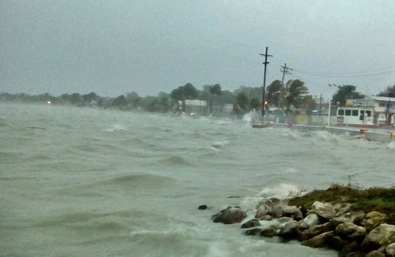 Last minute at Tarpon Bay... Not good, Not good at all.. :( Tarpon Bay  Campeche