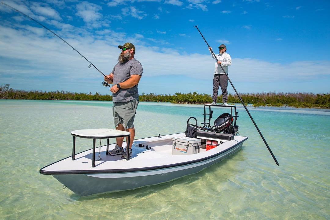 Do you XPLOR? The X18 by @xplorboatworks runs SUPER skinny AND has plenty of roo...