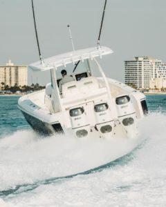 407 Panacea featuring triple Suzuki DF350A Dual Propeller Outboard Engines maki