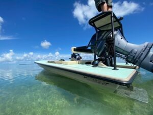 @snookin_fl riding around on his sweet @hellsbayboatworks Waterman!  DM / tag us…